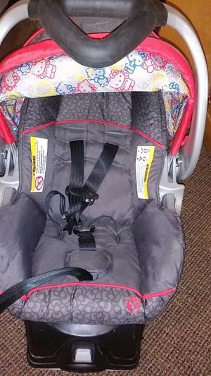 Hardly used hello Kitty baby trend infant car seat for Sale in Portland, OR