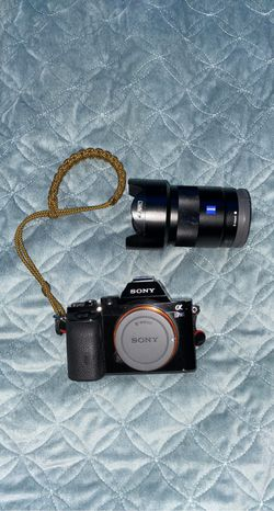 Sony A7S with Ziess 24/1.8mm lens for Sale in Lake Grove,  OR
