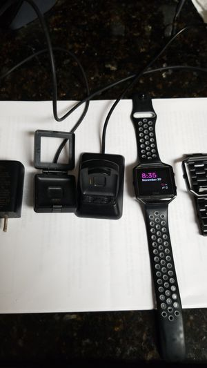 Fitbit blaze for Sale in Pembroke Pines, FL