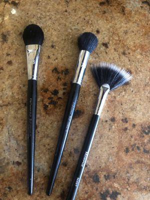 3 makeup brushes . 2 Sephora , 1 morphe for Sale in Lake Elsinore, CA