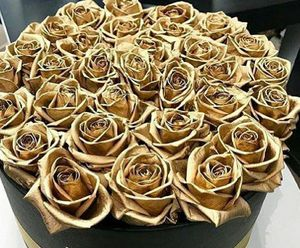 Dip in gold fresh roses for Sale in San Diego, CA
