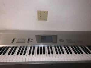 Korg triton pro x 88 key with stand for Sale in Los Angeles, CA