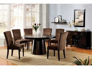 Round wooden dining table for Sale in Las Vegas, NV