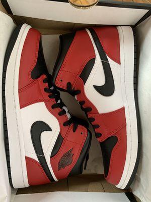 Jordan 1 Mid Chicago size 9.5 for Sale in Philadelphia, PA
