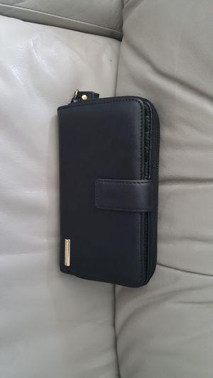 New liz claiborne wallet for Sale in Pompano Beach, FL