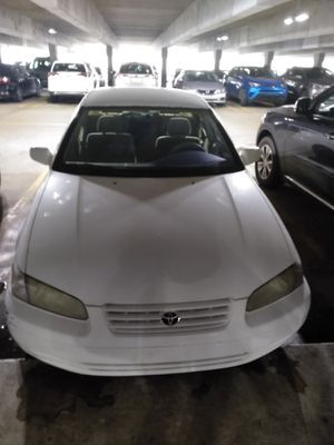 Toyota Camry for Sale in Hialeah, FL