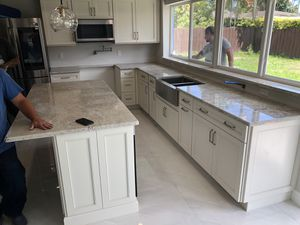 Quality kitchen cabinets 💯 for Sale in Miami Springs, FL