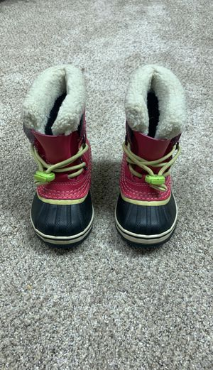 Sorel kids snow boots toddler size 8 for Sale in IL, US