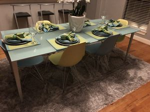 Design Within Reach Italian Glass Table with (6) Chairs for Sale in Houston, TX