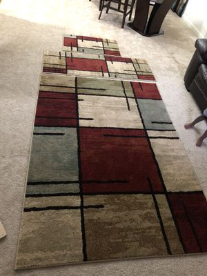 Better homes and gardens area rug set for Sale in Laurel, MD