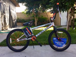 """Mongoose Index 2.0 20"""" Freestyle Bike - Silver for Sale in Irwindale, CA"""