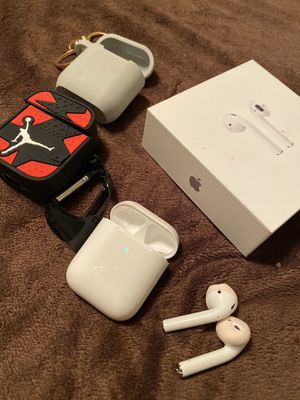 Original Apple AirPods with 2 cases for Sale in Las Vegas, NV