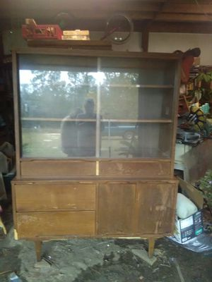 Antique China cabinet with hutch for Sale in Swansea, SC