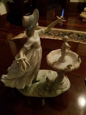 lladro figurine for Sale in Sanford, FL