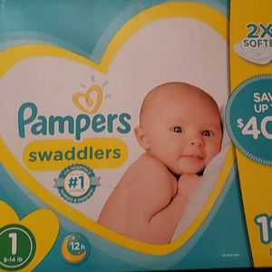 Pampers Diapers for Sale in Long Beach, CA