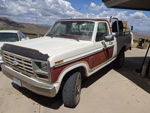 1984 F150 4X4 SHORT BED PICKUP $4995 for Sale in Cave Creek, AZ