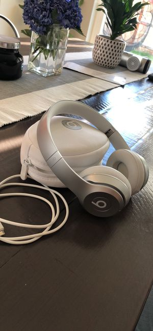 Beats Solo Wireless for Sale in Vancouver, WA