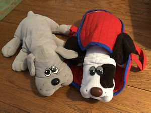(IRVING, TX) Original 1985 Tonka Pound Puppies with Carry Bag for Sale in Irving, TX