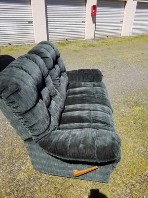 Love seat Recliner!!!! for Sale in Bonney Lake, WA