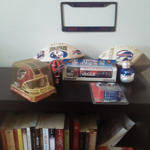 Onefootball Jim Kelly Limited Edition 1 Of 5000 Made One Mini Helmet Signed By Players True Christmas Ornaments And One Toy Truck Buffalo Bills Semi A for Sale in Lantana, FL