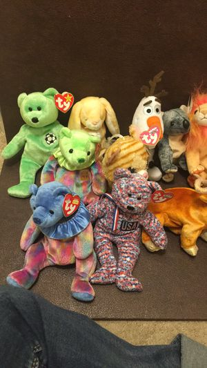 16 beanie babies from year 1999 to 2000 for Sale in Richmond, CA