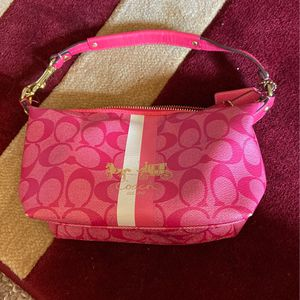 Mini Pebbled leather coach purse for Sale in New Port Richey, FL
