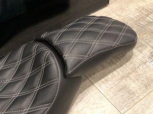 Harley Davidson custom seats made to order Long Beach Custom baggers for Sale in Los Angeles, CA