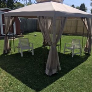 Gazebo for Sale in Aurora, IL