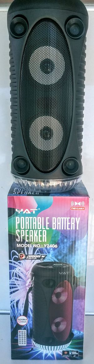 YAT. SPEAKER BLUETOOTH 3800W. TFCARD. AUX. FMRADIO/ 2-4 INCH CONTROL REMOTO. BATTERY RECHARGEABLE. for Sale in Moreno Valley, CA