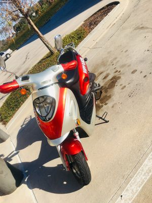 50cc moped with clear title for Sale in Orlando, FL