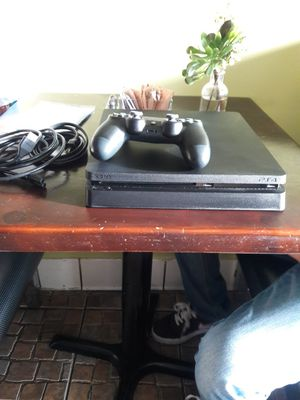 PS4 1TP jet black for Sale in Los Angeles, CA