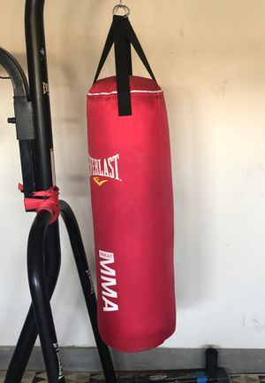 Punching Bag with stand and speed bag for Sale in San Jacinto, CA