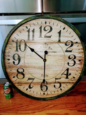 "25"" Large World Market Decorator Wall Clock for Sale in Arvada, CO"