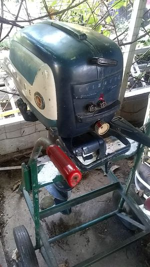 1956 10 HP Evinrude motor for Sale in Bellwood, IL