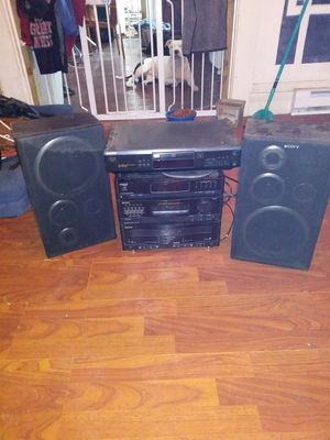 Sony house stereo system w/CD player n speakers for Sale in Cleveland, OH