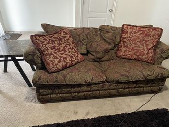 2 piece couch set for Sale in Salt Lake City,  UT