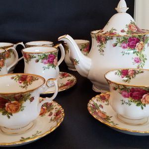 Royal Albert Old Country Roses for Sale in Beaverton, OR
