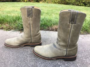 JUSTIN U.S.A. LADIES GRAY DISTRESSED LEATHER OIL RESISTANT ROPER BOOTS 6 1/2 B for Sale in Puyallup, WA