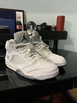 Jordan 5 White Metallics for Sale in Northlake, IL