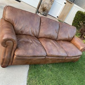 FREE LEATHER COUCH for Sale in Huntington Beach, CA