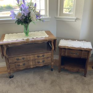 Tea Table With Folding Sides, End Table Included. for Sale in Montesano, WA