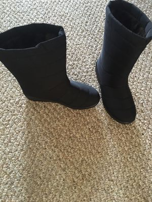 Moshu Wimter Boots for Sale in Marriottsville, MD