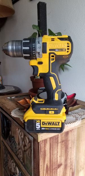 Dewalt 20v XR drill with 5.0Ah battery for Sale in San Jose, CA