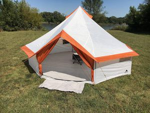 Camping Tent 8 Persons Ozark Trail Yurt With Mud Mat Hanging Media Sleeve Family Outing Picnic Music Festival Park for Sale in Los Angeles, CA
