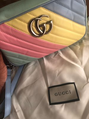 Gucci bag for Sale in Worcester, MA