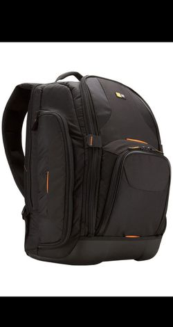 Case Logic SLRC-206 Camera bag. Brand new for Sale in Seattle,  WA