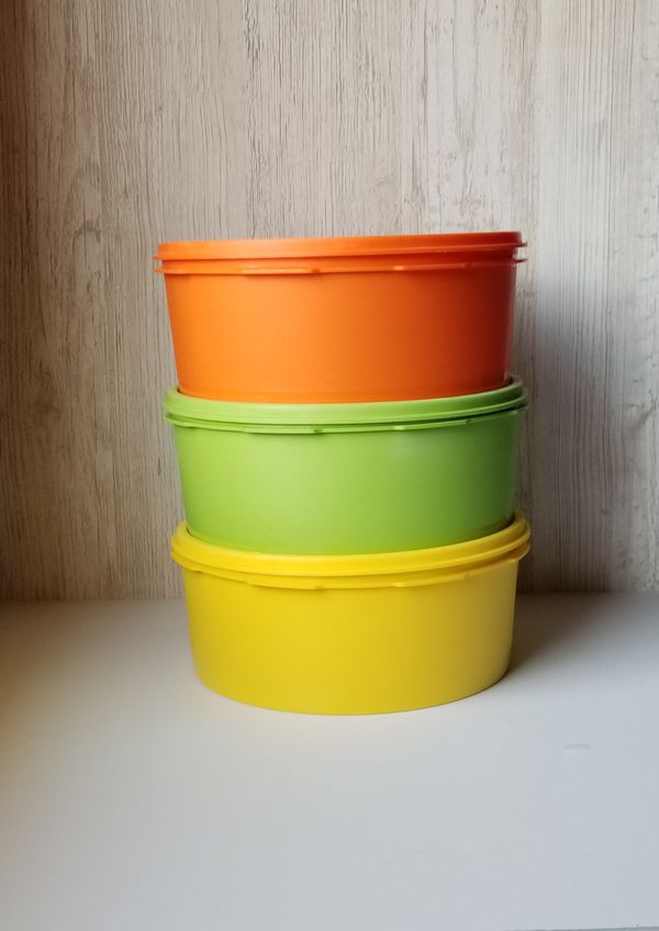 Vintage Tupperware ~ set of 3 colorful containers