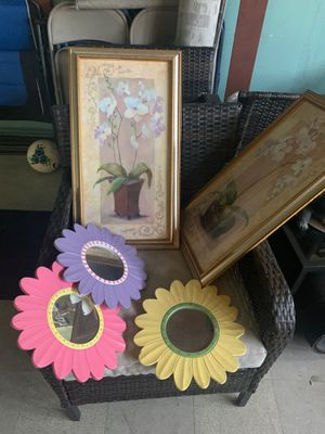 Home decoration frames and flower mirrors for Sale in Modesto, CA