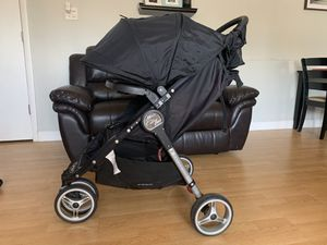 Baby Jogger City Mini Lightweight Stroller with Car Seat Adapters included!!! for Sale in Alexandria, VA