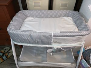 Graco bassinet for Sale in Tampa, FL